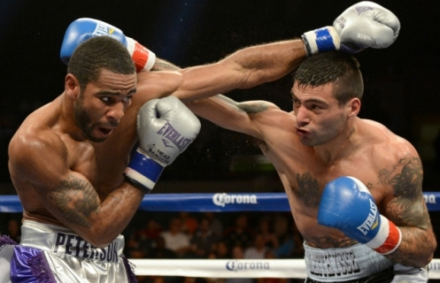 matthysse_vs_peterson_8_20130518_1967586118