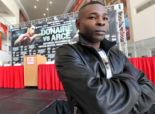 file_177185_1_Rigondeaux_guillermo_press_pose_farina